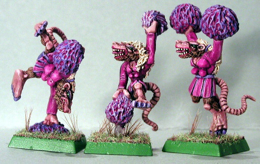 File:Skaven female cheerleaders.jpg